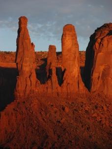 Three Gossips - Monument Valley